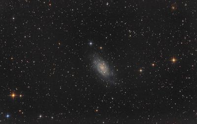 NGC2403_400